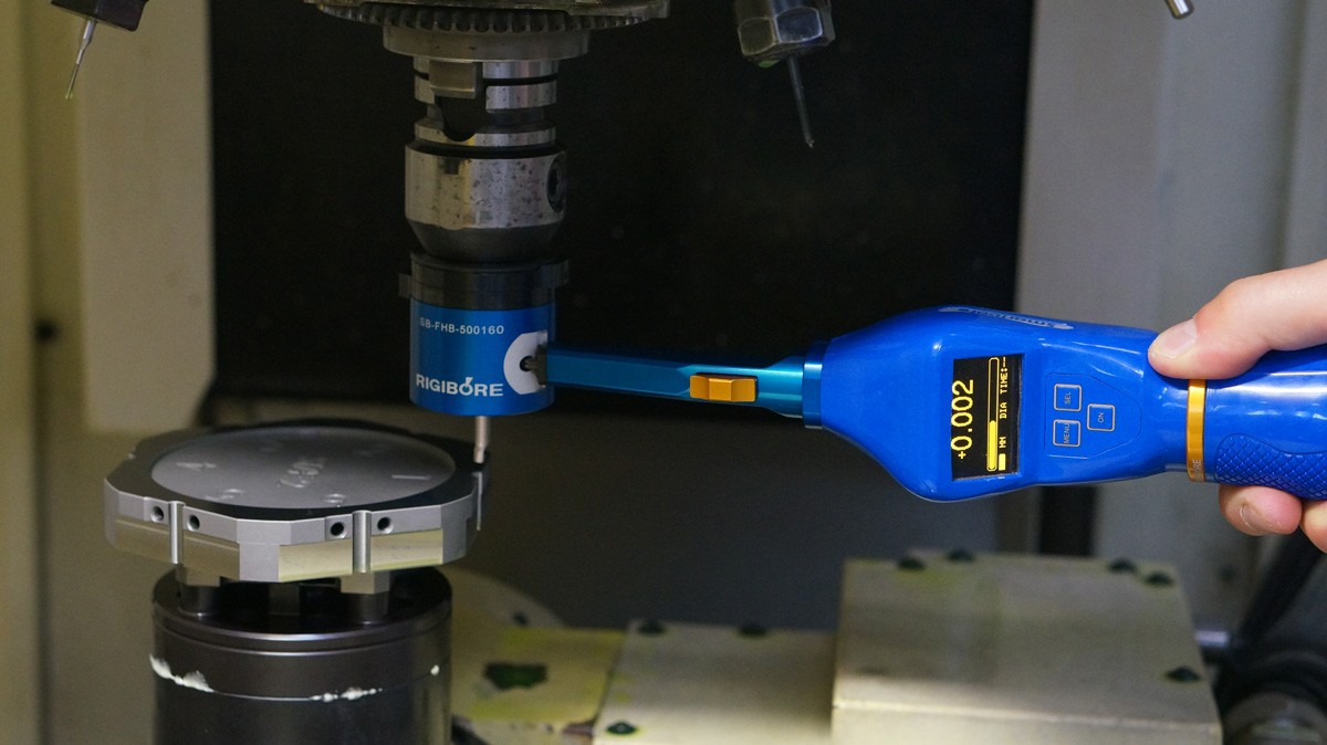 Smartbore Nano bar being adjusted in the machine spindle